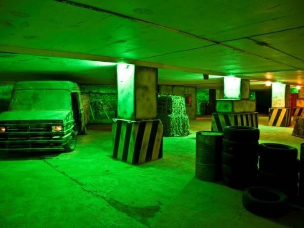 Indoor paintball docklands greater london splat for Indoor shooting range design uk